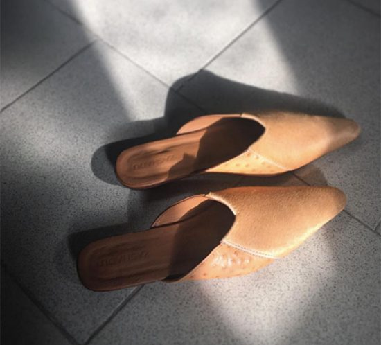 Pointy Toe Tan Ostrich Mules